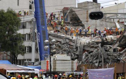 Sigue esperanza de vida en un edificio colapsado hace 5 días en México