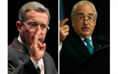 Uribe y Pastrana unen fuerzas para lanzar candidato a la presidencia