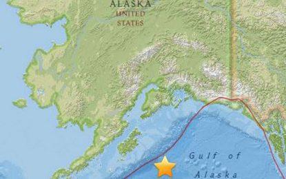 Sismo de magnitud 8,2 se registra frente a costas de Alaska