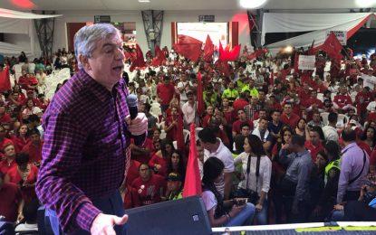 Con duros cuestionamientos a Santos empezó campaña el liberalismo