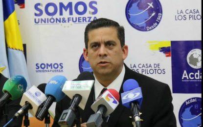 Despiden al capitán Jaime Hernández, líder de la huelga de pilotos en Avianca