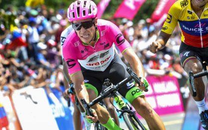 Rigoberto Urán le ganó el primer duelo del año a Nairo Quintana