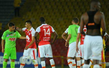 Pero sigue la resaca: Santa Fe avanzó a la fase 3 de la Copa Libertadores