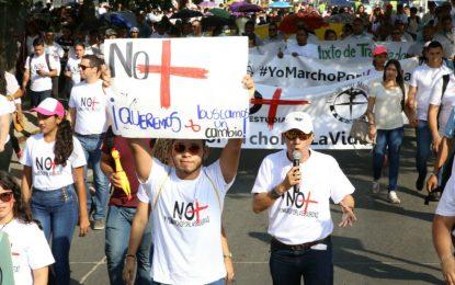 Cansados de los atracos, universitarios marcharon en Santa Marta
