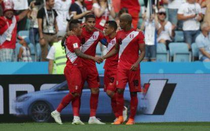 Con la frente en alto: Perú se despidió del Mundial de Rusia derrotando 2-0 a Australia