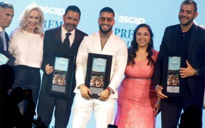 Maluma gana premio a Compositor del año