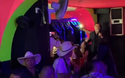 Argemiro Jaramillo Una Buena Noche Pasamos En Pacora Caldas en la Discoteca Skaramus Que Buen Público