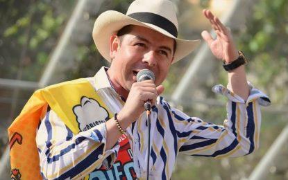 El Orejon Trovador Hoy En la Final Del Festival Nacional De La Trova Feria De Manizales ALas 4:00 pm En La Media Torta De Chipre….